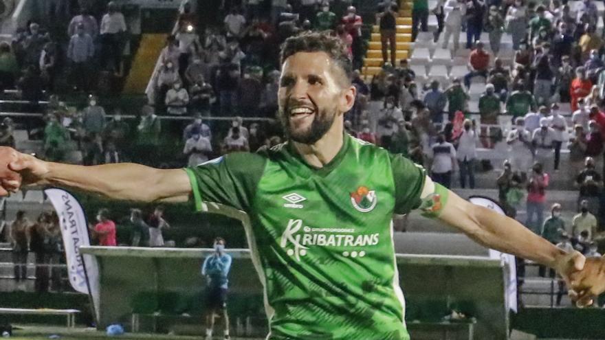 Carlos Andújar, cerca de renovar un año más con el Cacereño