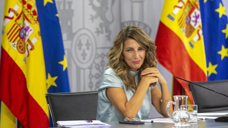 El Gobierno ampliará los ERTE hasta el 31 de enero tenga o no el apoyo de los empresarios