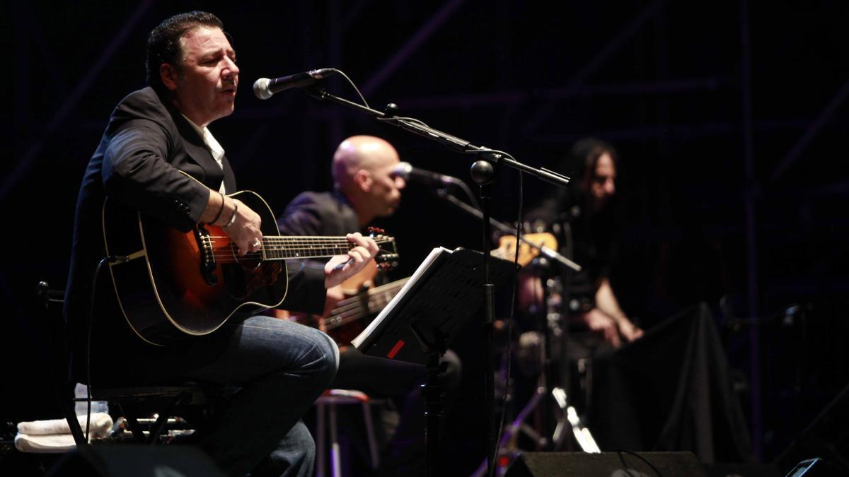 Carlos Goñi en el escenario.