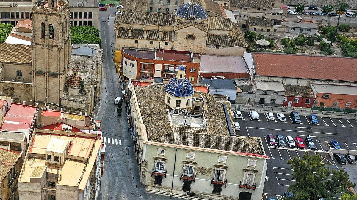 Palacio del Marqués de Arneva, en el centro, que resolverá sus problemas de filtraciones.