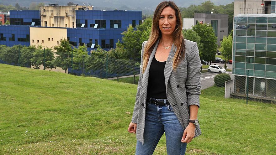 """Ángela Pumariega (PP): """"La burocracia municipal es asfixiante, supone un obstáculo y consume muchos recursos"""""""