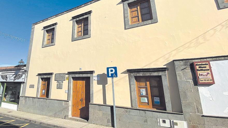 Valleseco reanuda la reforma de la Casa de la Cultura tras dos años paralizada