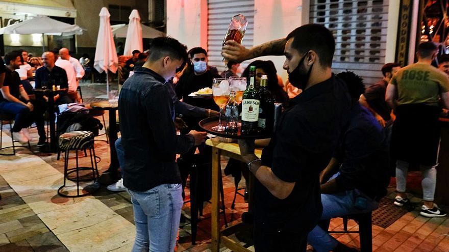 La crisis de suministros dificulta la compra de alcohol a las discotecas