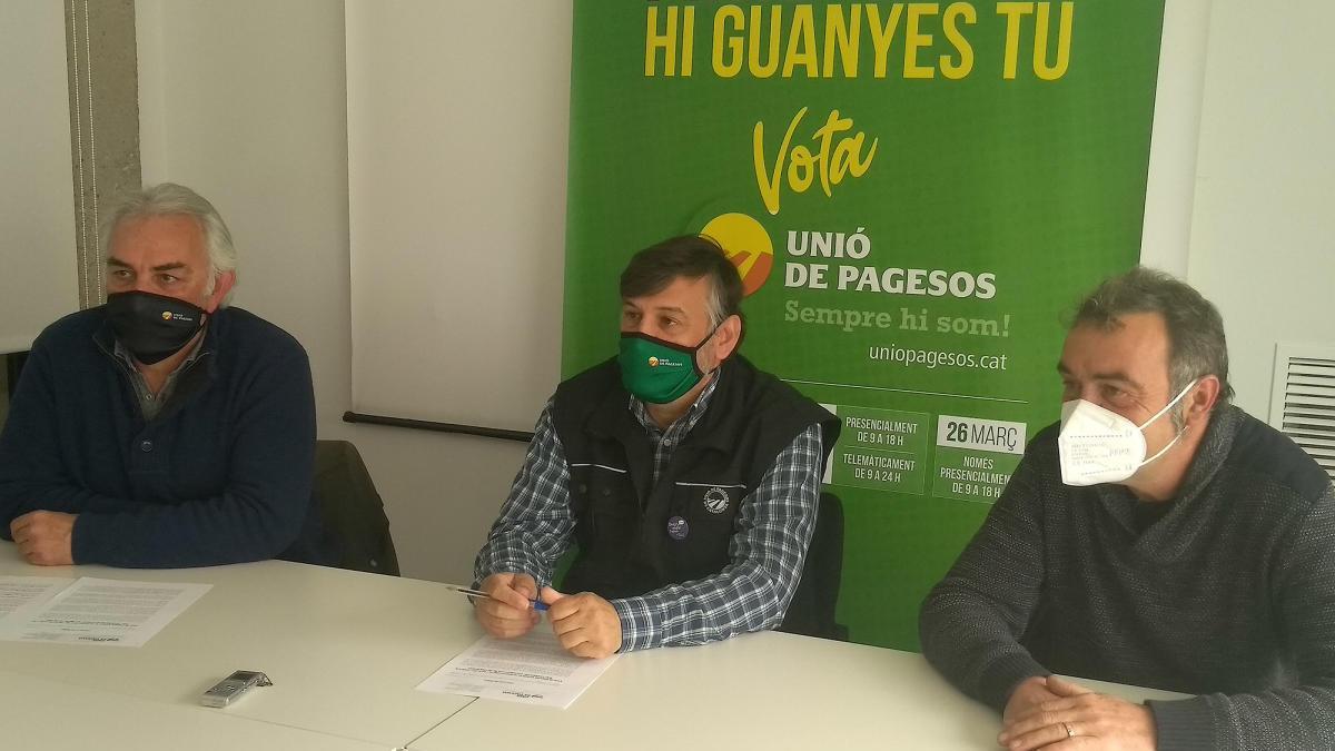 Joan Cabal amb altres membres del sindicat.