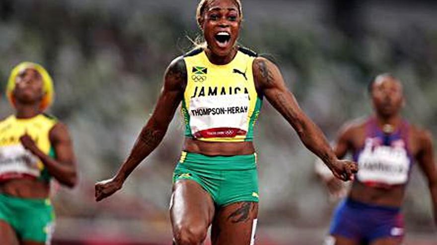 Triplet jamaicà i rècord olímpic en la final dels 100 metres femenins
