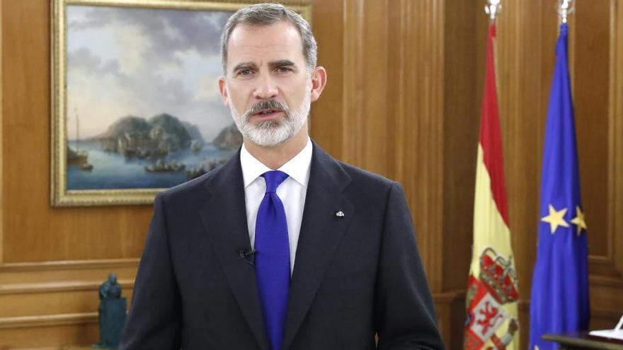 El Rey llama a mantener un esfuerzo sostenido por la paz ante el Foro de París
