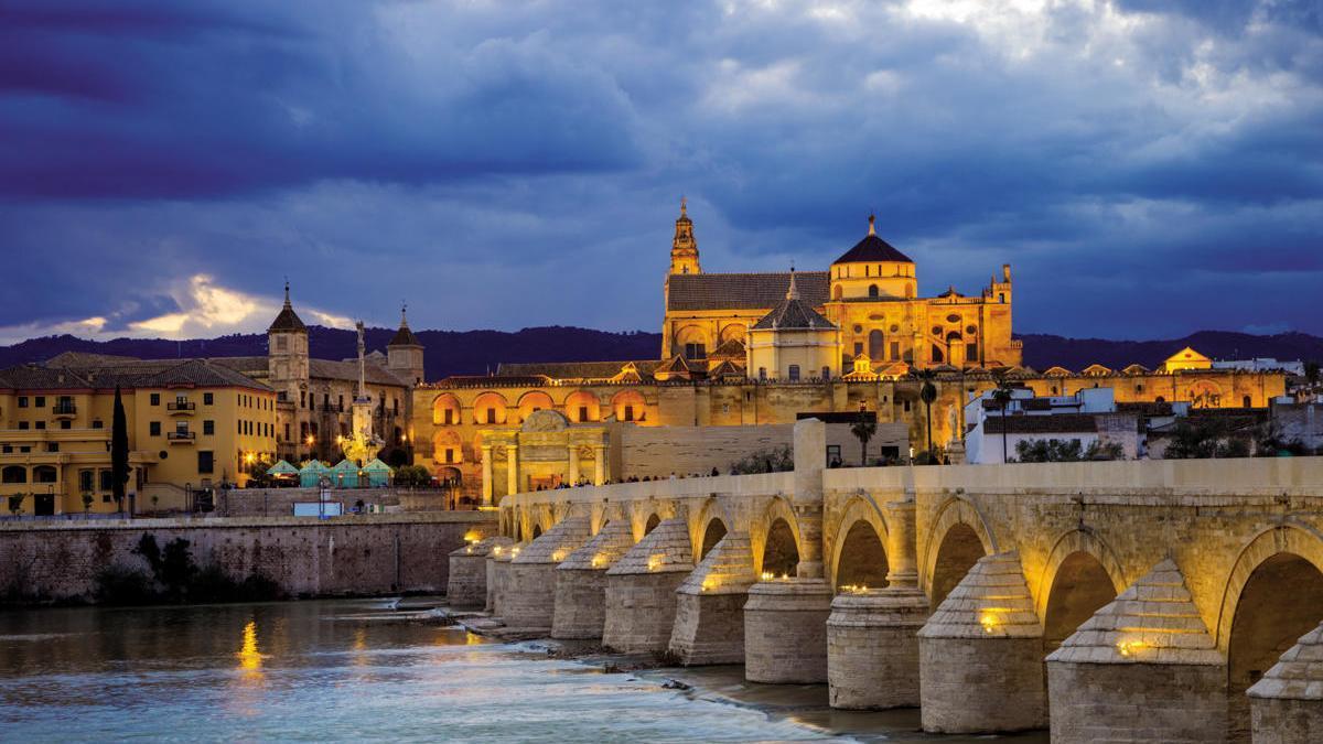 Puente romano sobre el río Guadalquivir.