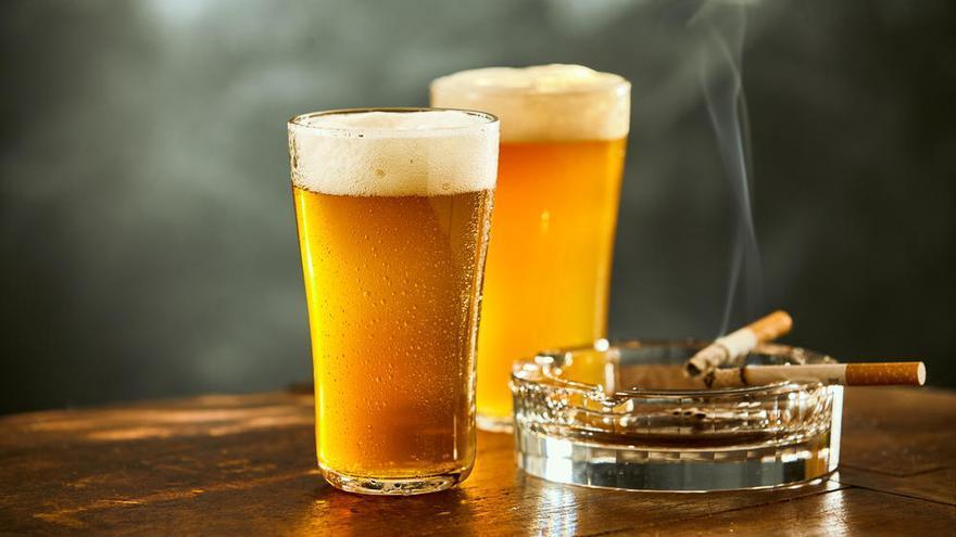 Reducir el consumo de tabaco y alcohol disminuye el número de fracturas de cadera