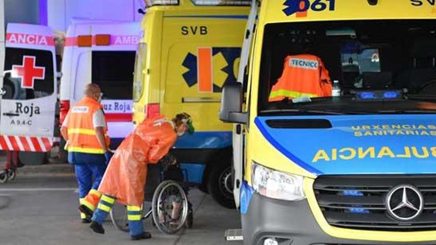 Galicia registra 267 nuevos contagios y dos decesos, aunque bajan los casos activos