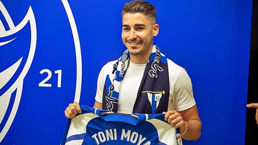 El Alavés presenta a Toni Moya