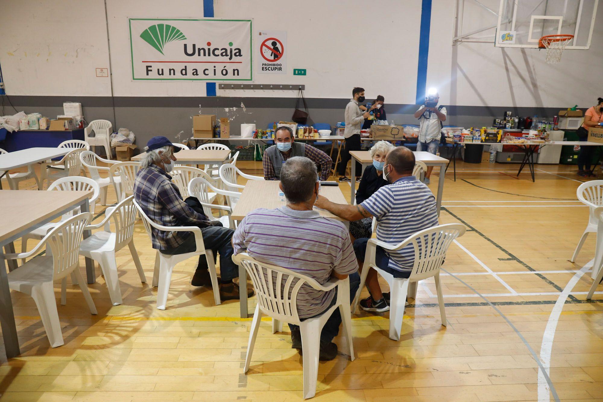Ronda acoge a los desalojados por el incendio de Sierra Bermeja
