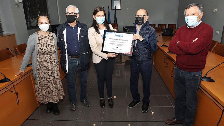 La asociación de donantes entrega un diploma a la labor altruista de Castrillón