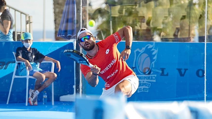 Javi Garrido consigue el título nacional de pádel de Marbella