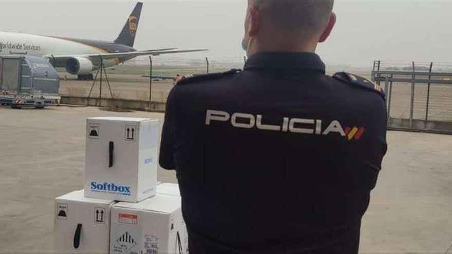La Comunidad Valenciana recibe 161.000 vacunas en un avión, el segundo en 48 horas