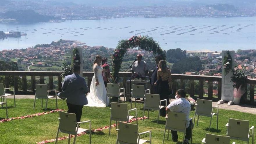 Una boda con vistas y manteniendo las distancias.