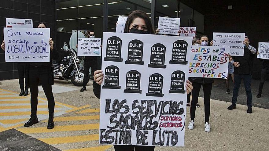 El Síndic investiga el colapso de los Servicios Sociales en Alicante
