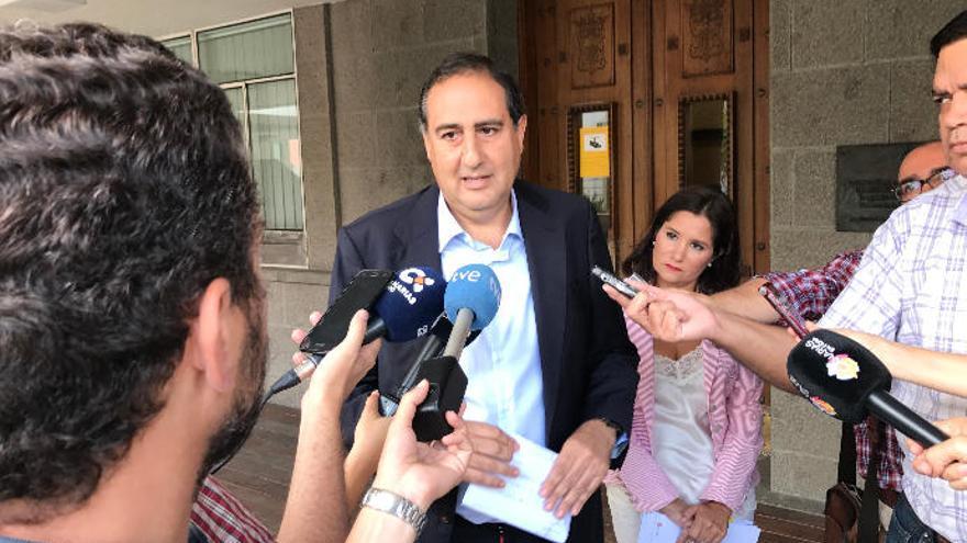 El PP del Cabildo denuncia una ayuda de 45.000 euros a Juan Manuel Brito