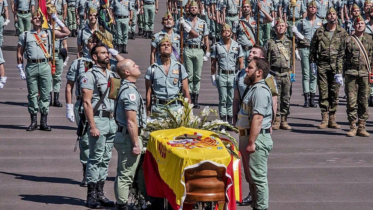 La familia del legionario muerto acusa de asesinato al sargento que disparó