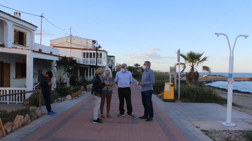 Más de 6.600 firmas en cuatro días para salvar el poblado de Torre la Sal