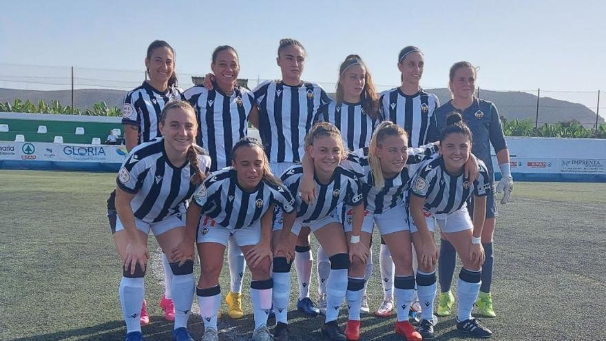 El Castellón femenino araña un punto al Femarguín en Arguineguín (1-1)
