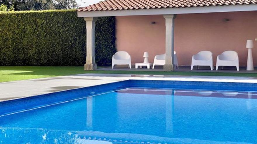 Los jardines y espacios exteriores de estas casas en venta en Pontevedra te enamorarán