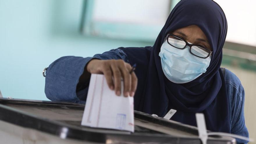 Egipto abre la primera fase de las elecciones legislativas con dominio de los leales a Al Sisi
