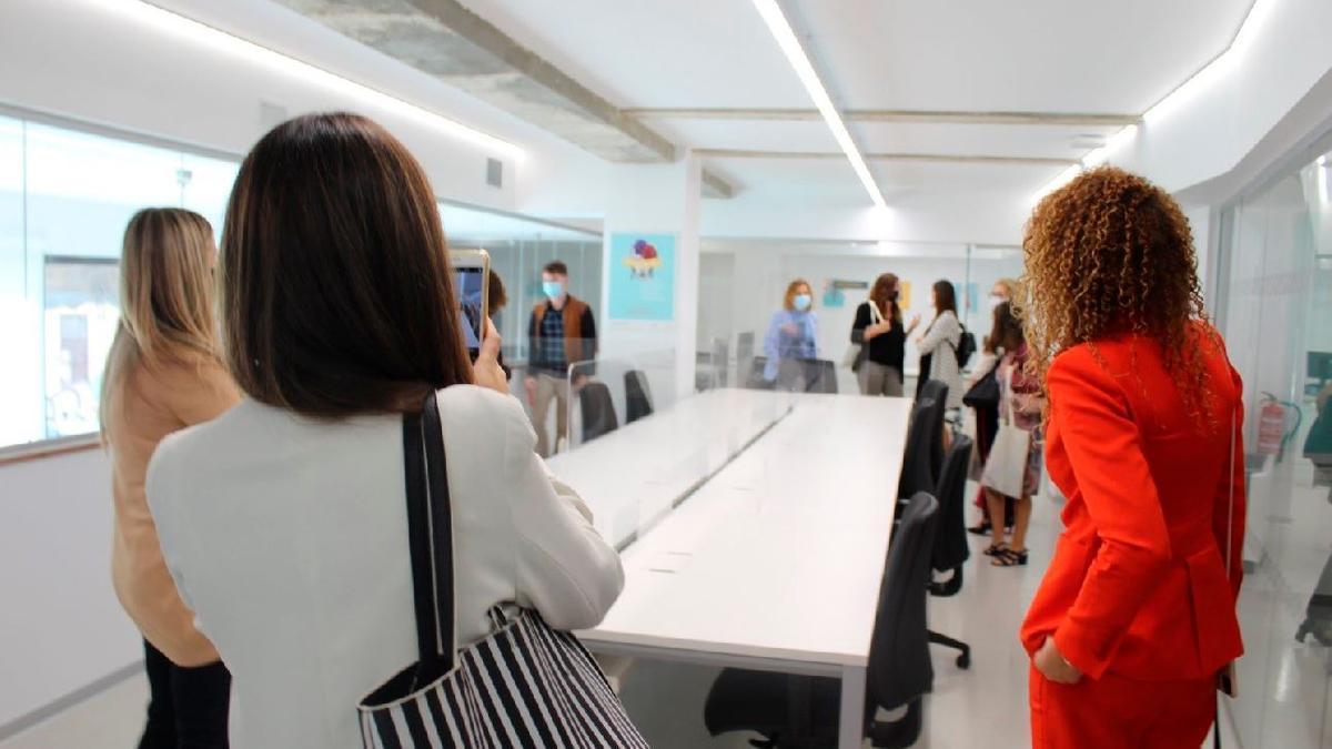 València Activa ofrece diez puestos para mujeres emprendedoras