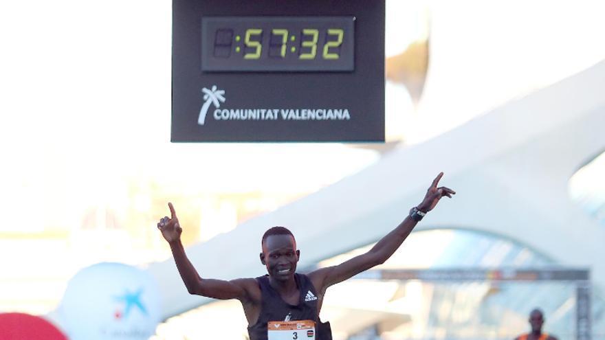 Maratón Valencia 2020: las imágenes del maratón y el Medio Maratón