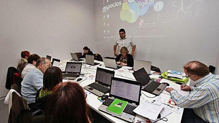 Medio centenar de poblaciones en Zamora todavía no pueden conectarse a Internet