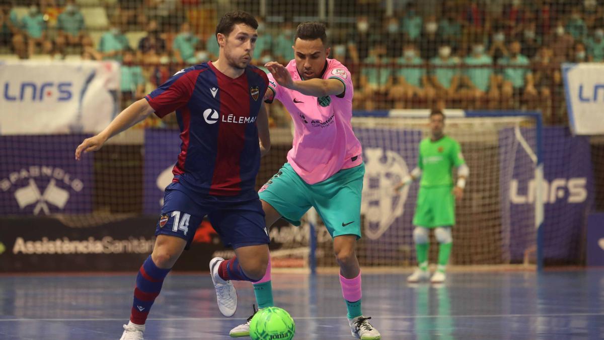 Las mejores imágenes del Levante UD-FS - Barcelona