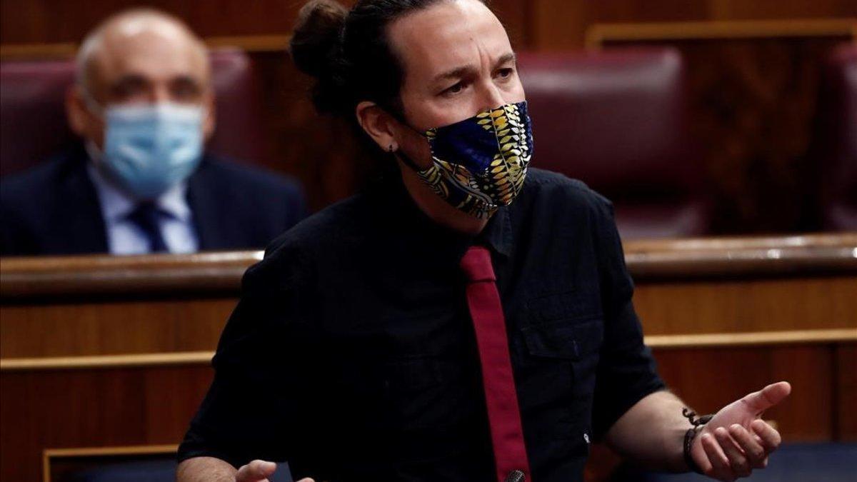 "Iglesias avisa a Casado de que ""llega tarde"" para distanciarse de Vox"