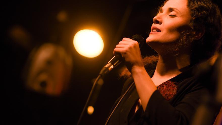 Sheila Blanco: «Las poetas del 27 fueron muy valientes porque se atrevieron a crear»
