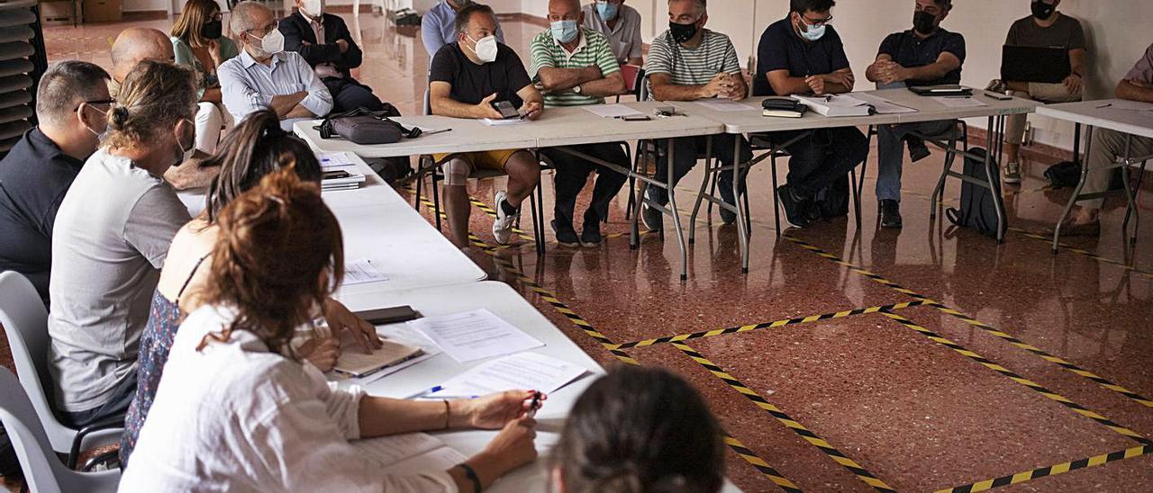 Imagen de la sesión de ayer, celebrada en la Casa de la Cultura de Bolbaite   PERALES IBORRA