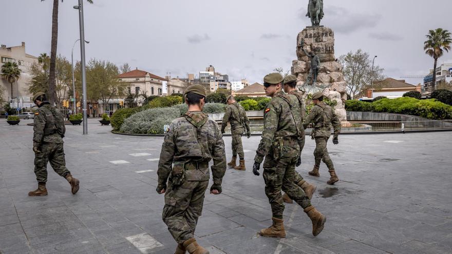 Més pregunta al Gobierno qué amenaza avala la presencia del Ejército en la calle
