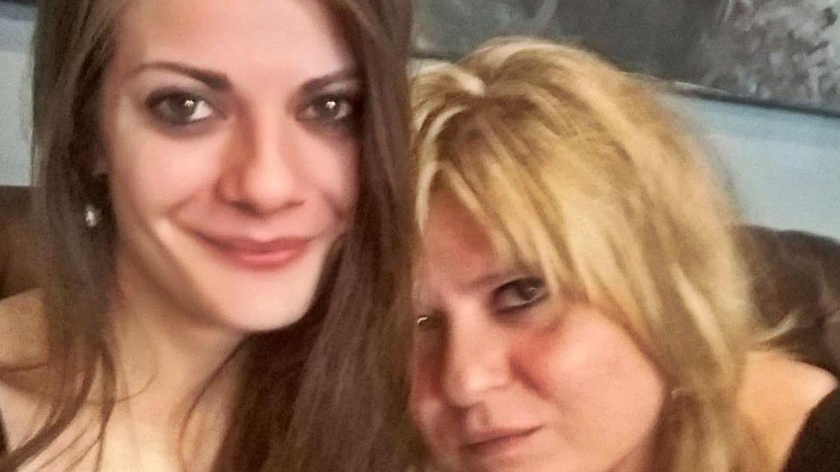A la izquierda, la joven Nerea Añel. // FdV