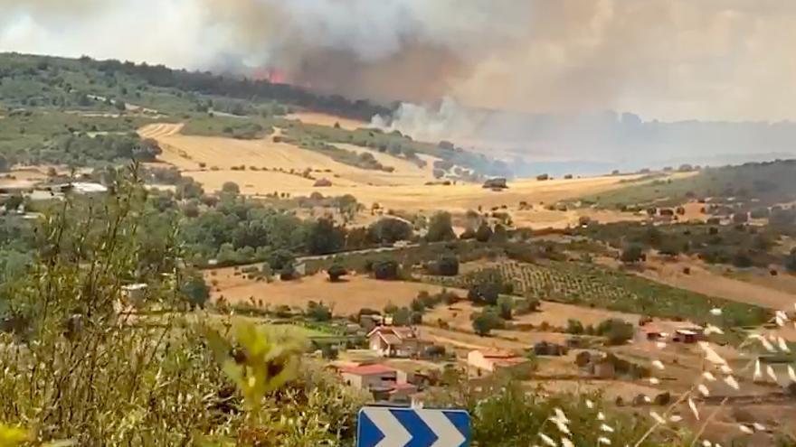 VÍDEO | Así comenzó el fuego declarado en Lober de Aliste, Zamora