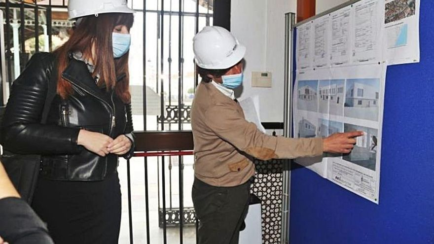 El PP denuncia la paralización de las obras del centro Anica Torres