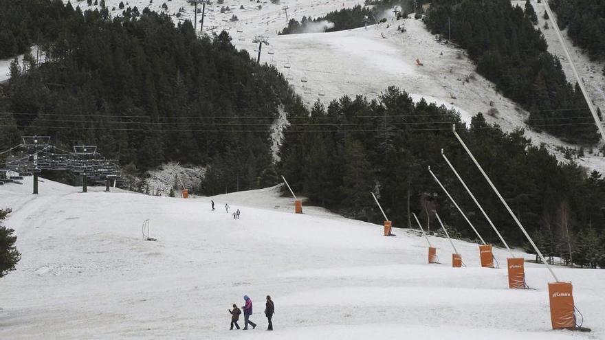 Muere un esquiador en un accidente en la estación de La Molina