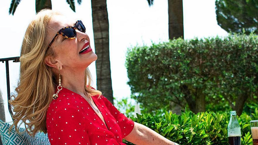 Carmen Lomana se relaja en Mallorca