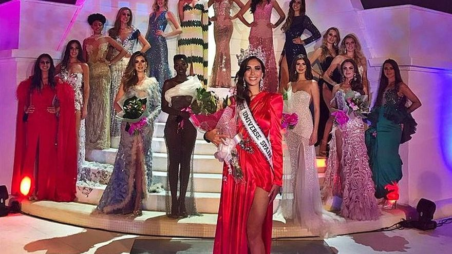 La Miss Universo España 2020, Andrea Martínez, junto a las 16 restantes aspirantes | | E.D.