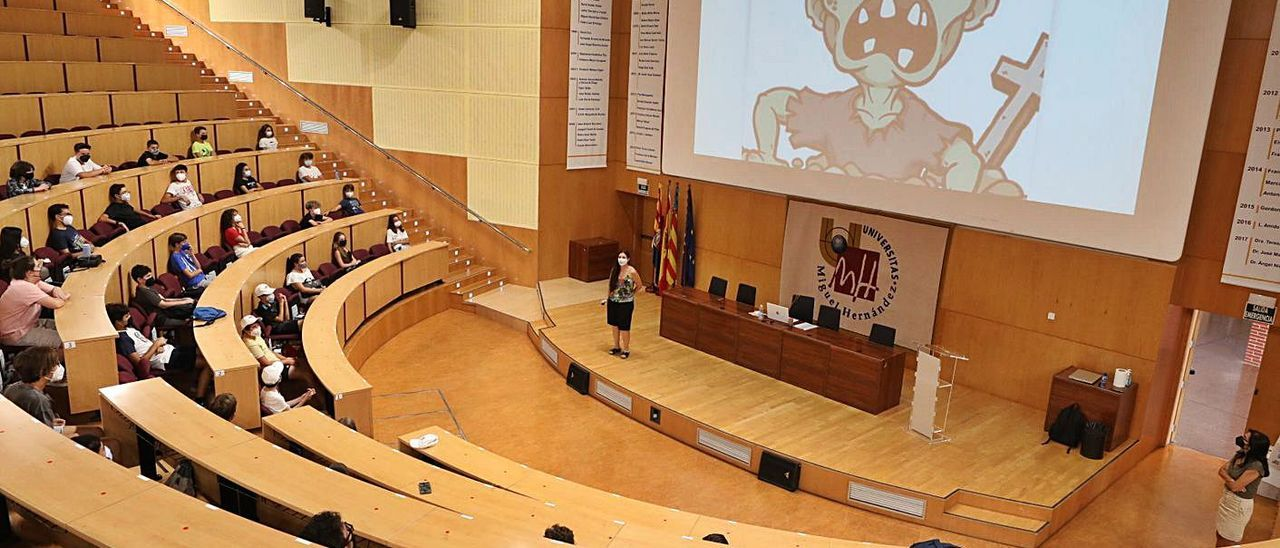 El aula magna del edificio Altabix acogió el acto de clausura tras dos días de actividades