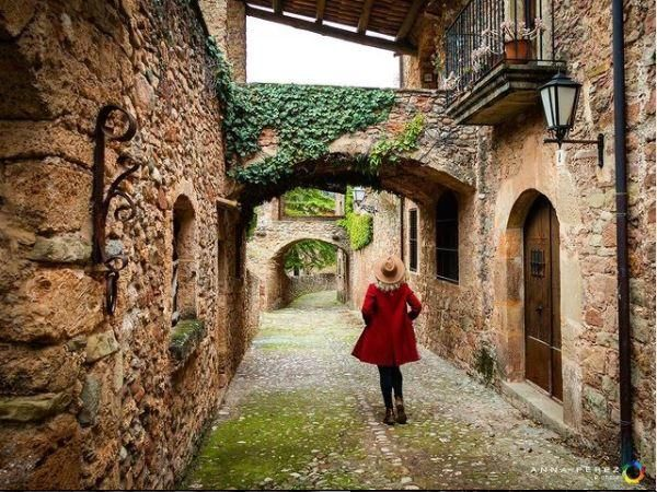 Passatge Camil Antonietti, Mura
