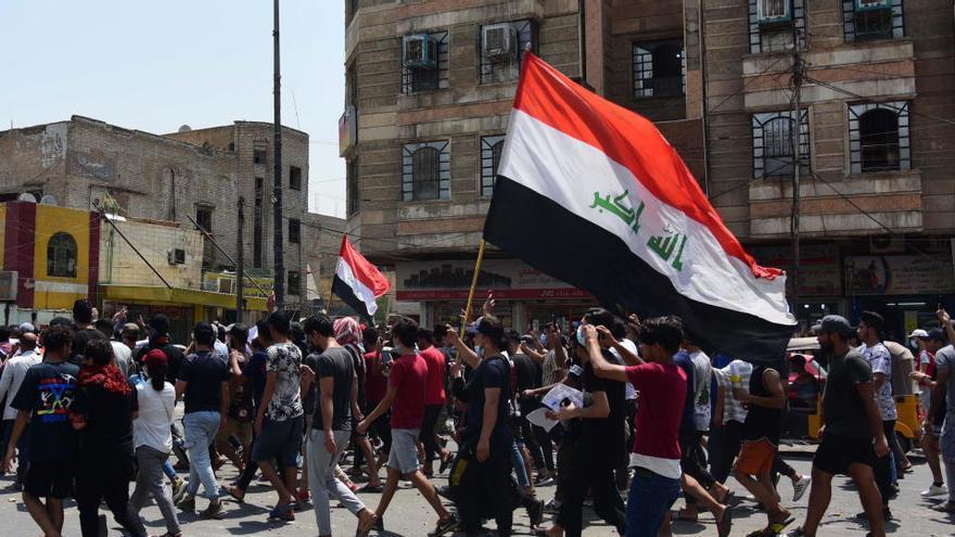 Irak convoca elecciones para junio de 2021