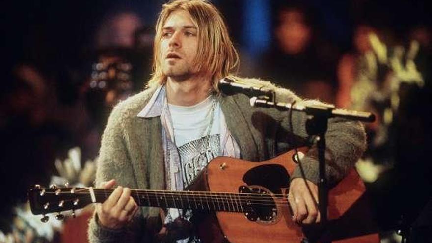 Un cárdigan de Kurt Cobain, subastado por 300.000 euros