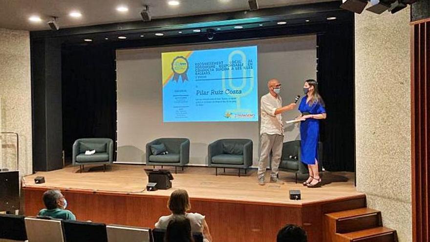 Pilar Ruiz Costa, premiada por su artículo 'Saltar al vacío', publicado en Diario de Ibiza