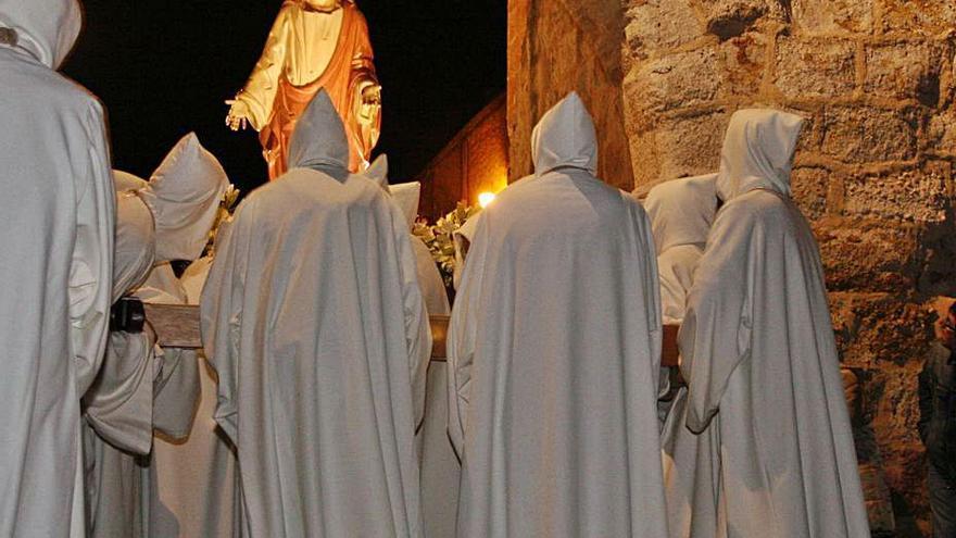 Una misa, única celebración de la festividad de la Hermandad de   Luz y Vida