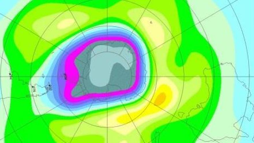 El agujero de ozono antártico se hace más grande por un vórtice polar estable