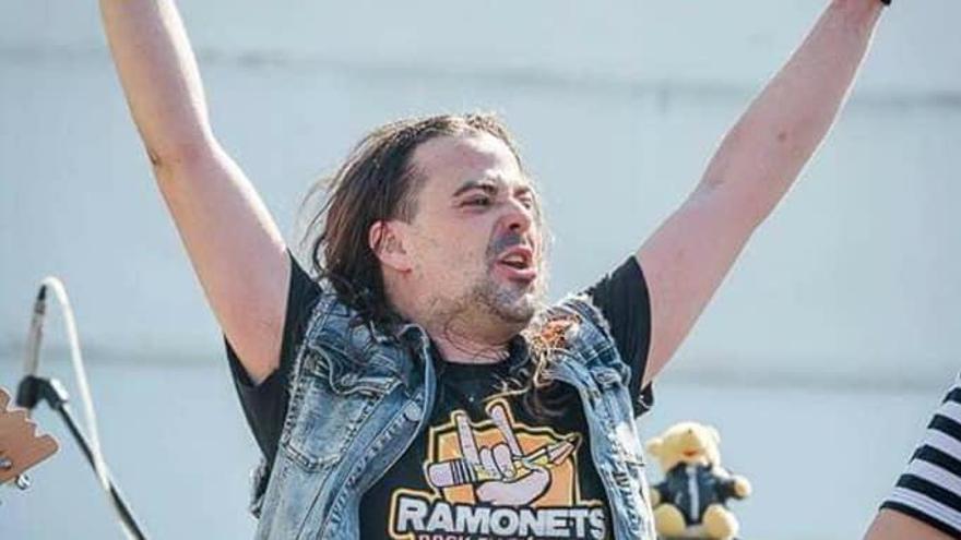 Muere uno de los componentes del grupo musical 'Ramonets'