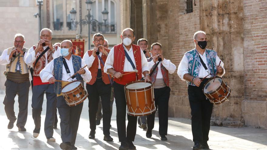 Búscate en el segundo día de Ofrenda por las calles del Mar y Avellanas entre las 9:00 y 10:00 horas