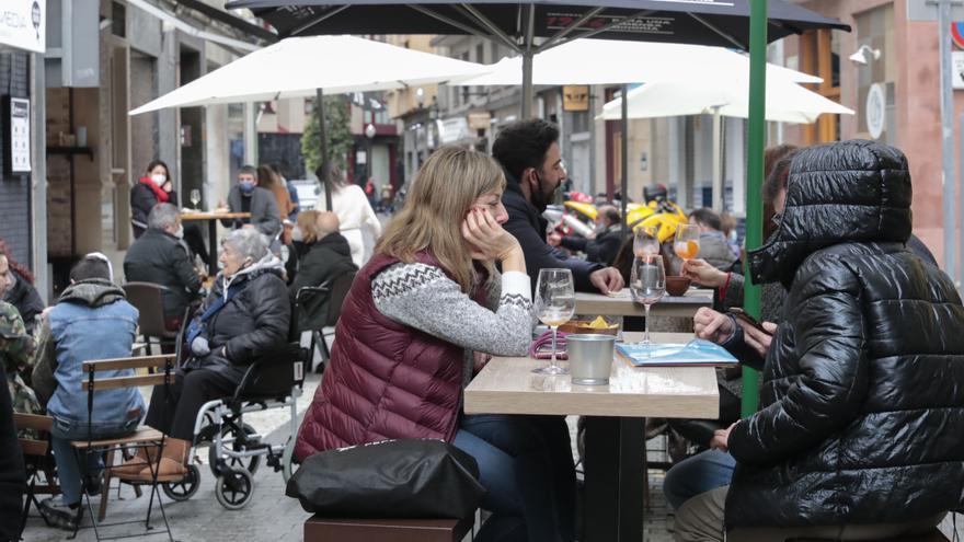 """El TSJA rechaza la apertura de los bares que reclaman los hosteleros en los municipios """"4 Plus"""""""
